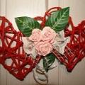 papierowa-wiklina-czerwone-serca